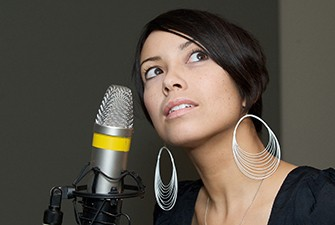Photo of Emm Gryner